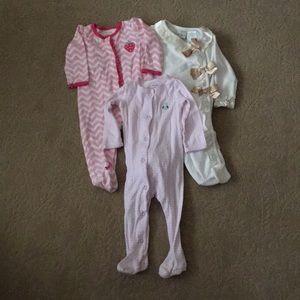 Set of Baby Girl 9M Footed Pajamas